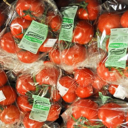Norsk perforert plastfolie for tomater, gulrøtter, kål og mer.